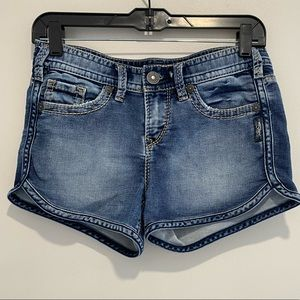 Silver Jeans Aiko mid blue jean shorts size 25